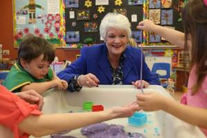 Ontario Liberals vow to index child benefit and boost daycare wages